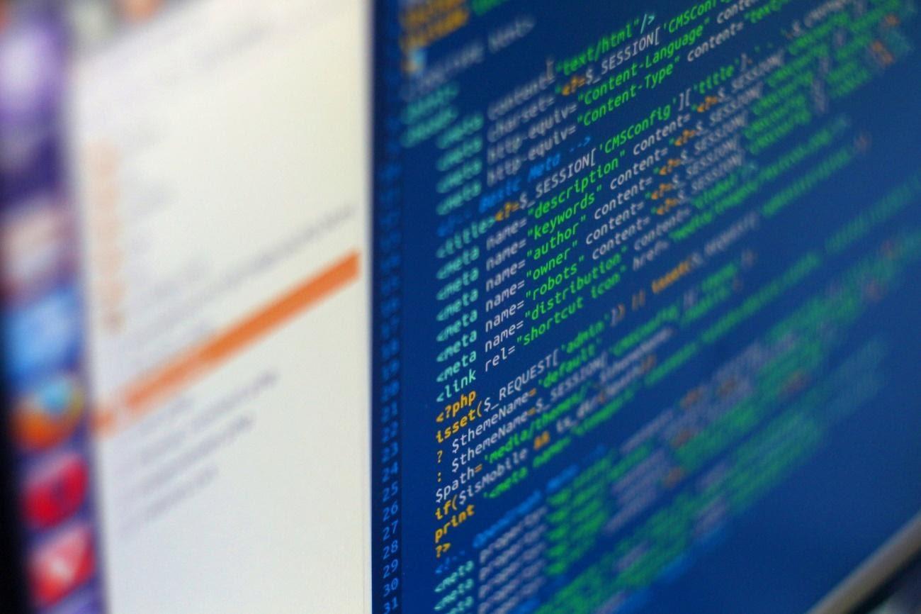 sistema operacional para hospedagem de site linux